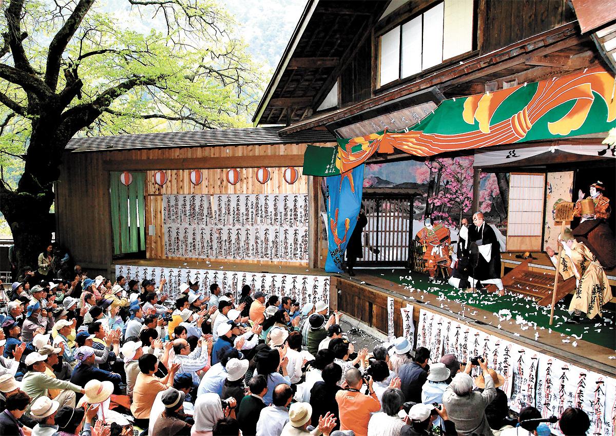 6入選:伝統歌舞伎の村(大鹿:木下氏)_c
